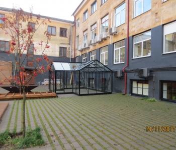 Juliana Botanica Orangery mudel E 21,5 m²  Tartu Aparaaditehase hoovis